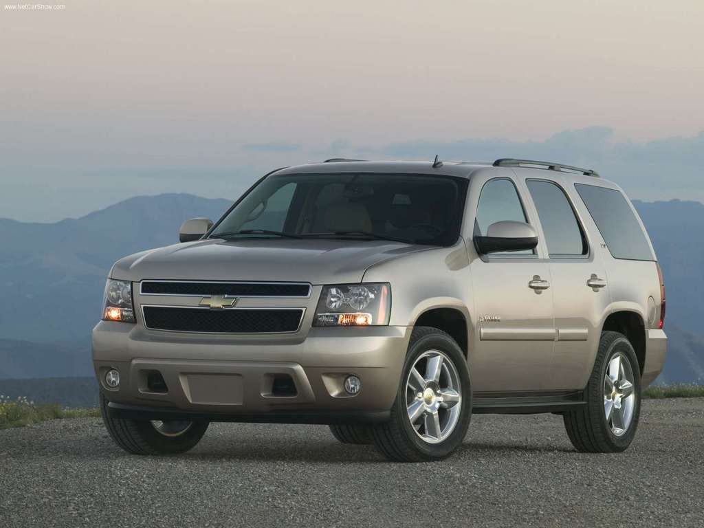 Chevrolet-Tahoe_2007_1024x768_wallpaper_03