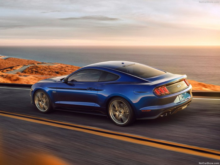 Ford-Mustang_GT-2018-1280-08