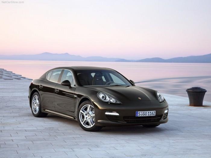 Porsche-Panamera-2010-800-08